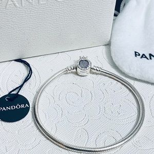 Pandora crown O bracelet